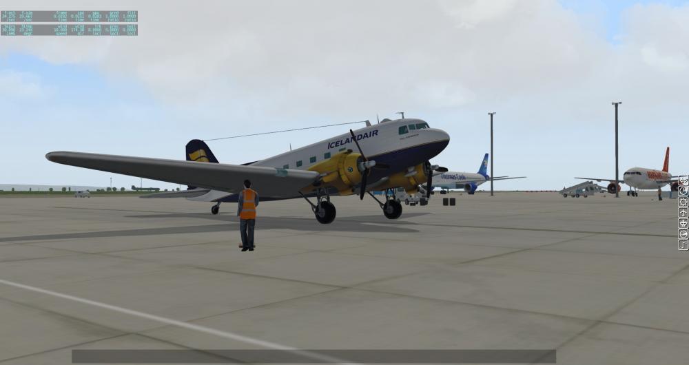 LES_Douglas DC-3(Wheels)_1.jpg