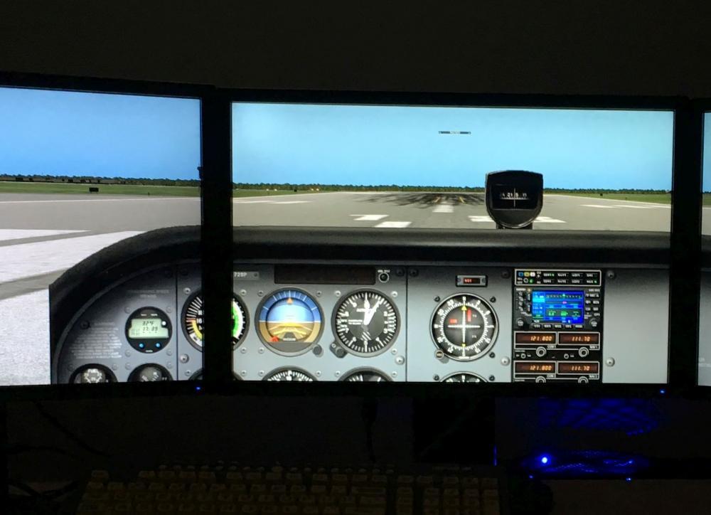 2-D Cockpit X-plane 10 a.jpg