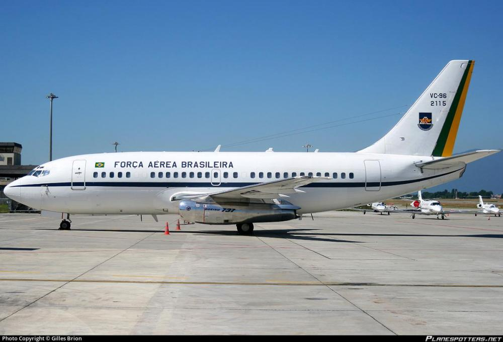 fab2115-fora-area-brasileira-brazilian-air-force-boeing-vc-96-737-2n3a_PlanespottersNet_115858_5ff02e7840_o.jpg