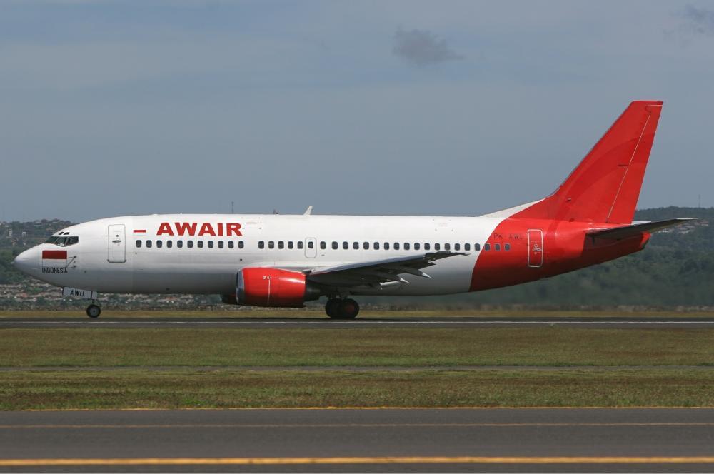 Awair_Boeing_737-300_Stegmeier.thumb.jpg.5b0a3104a3e35f19871e4b3abfc4b520.jpg